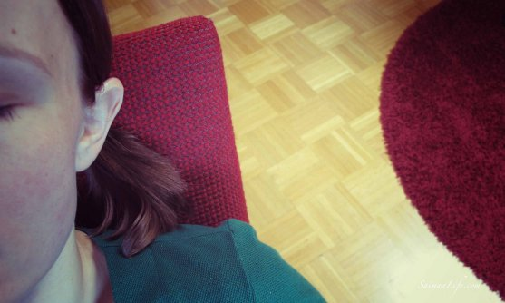 rocking-chair-woman-sleeping