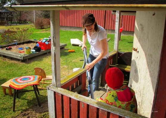cleaning playhouse porch spring