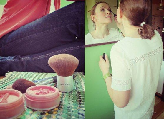 women-doing-makeup
