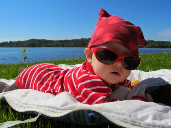 baby-and-finnish-summer