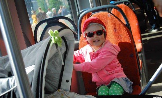 child-in-tram