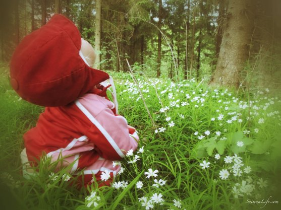child-wondering-life