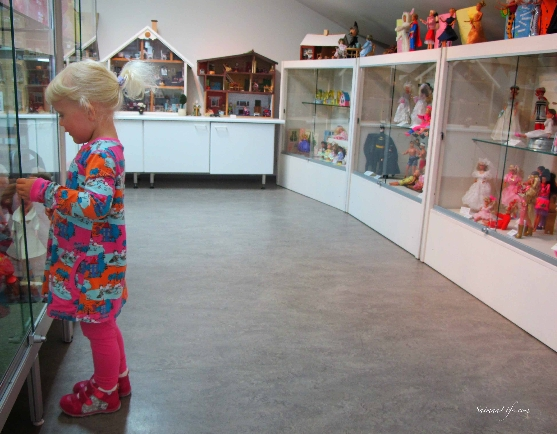 doll-museum-in-finland-6