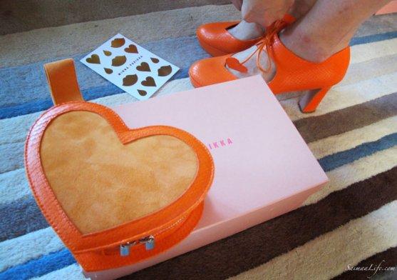 minna-parikka-orange-handbag-3