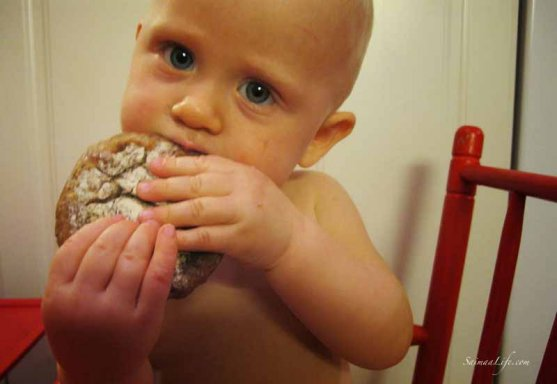 baby-eating-finnish-rye-bread