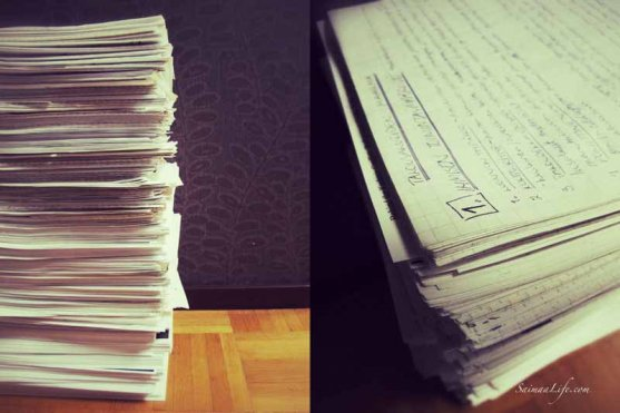 pile-of-finnish-notes
