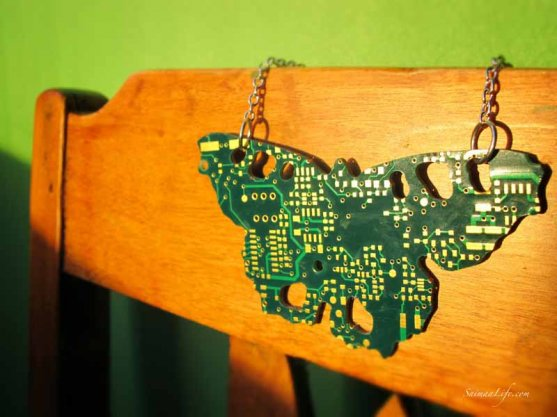 globe-hope-nokkosperho-necklace
