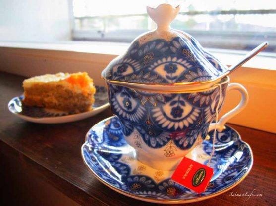 tea-with-carrot-cake-2