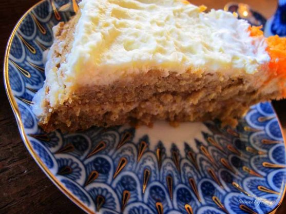 tea-with-carrot-cake-4