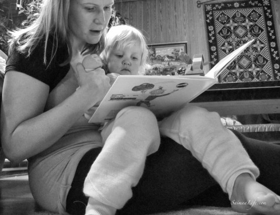 mother-toddler-reading