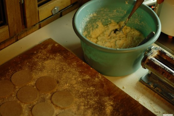 how-to-do-finnish-karelian-pies-1