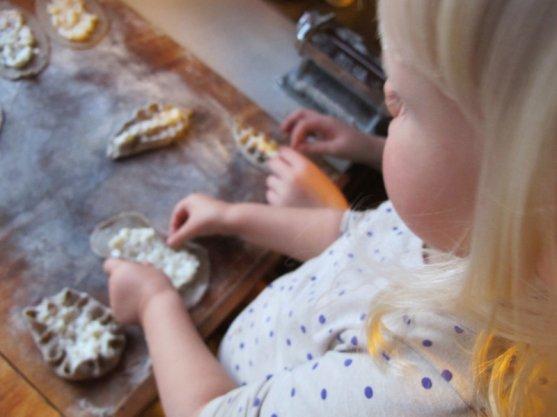 how-to-do-finnish-karelian-pies-10