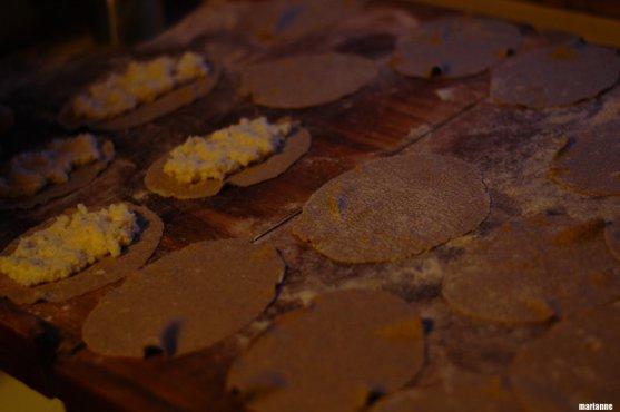 how-to-do-finnish-karelian-pies-2