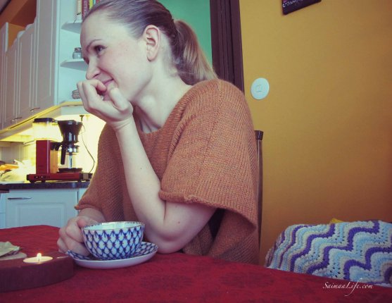 mother-drinking-coffee