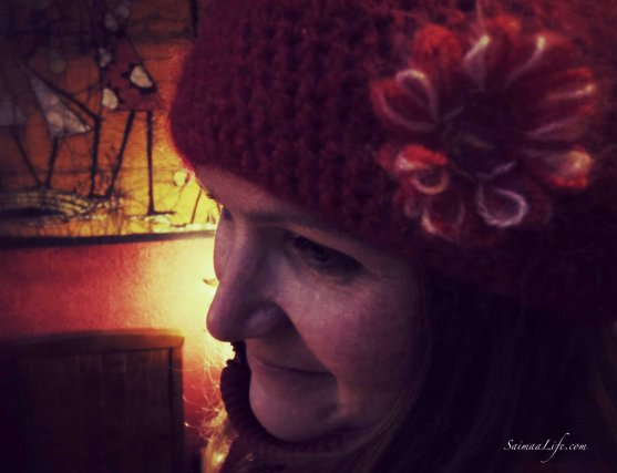 mother-red-hat