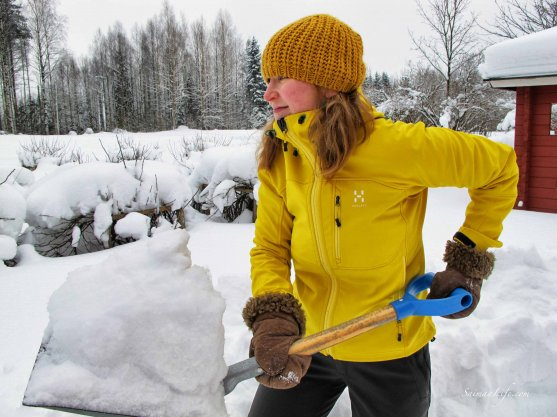 woman-snow-clearing