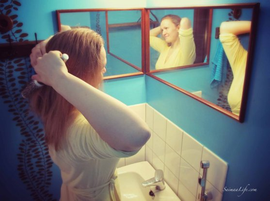 woman-doing-her-hair