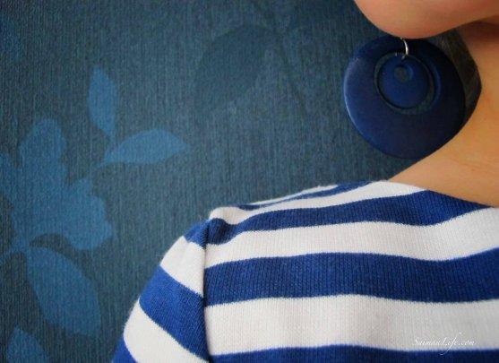 woman-shirt-blue-white