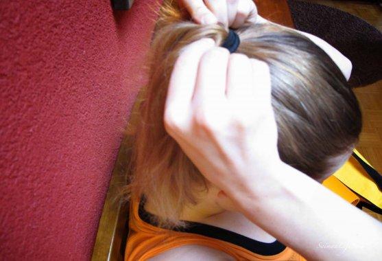 yoga-hair-ponytail