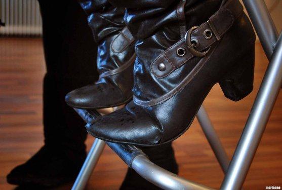 jenni-niskanen-makeup-model-shoes