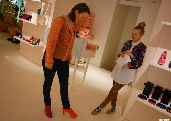 minna-parikka-choosing-high-heels