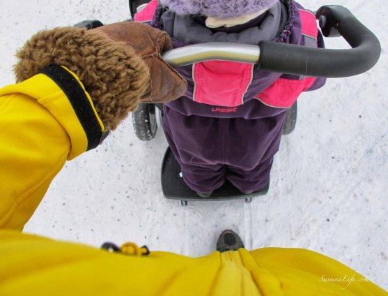 sibling-toddler-roller-practise