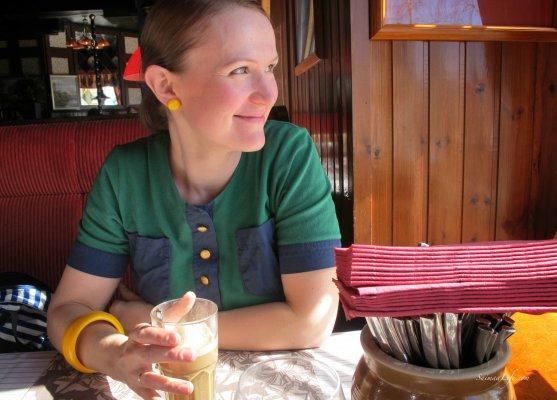 majakka-restaurant-sunny-day
