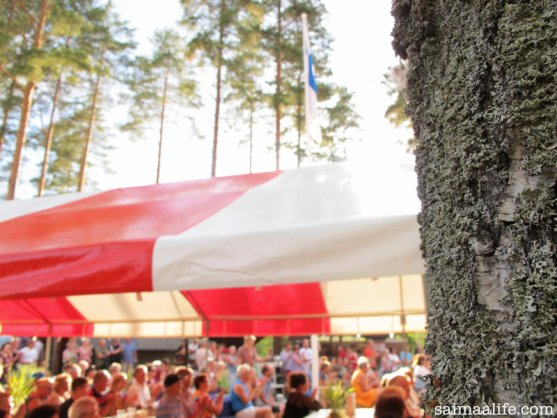 finnish-village-summer-party-in-countryside
