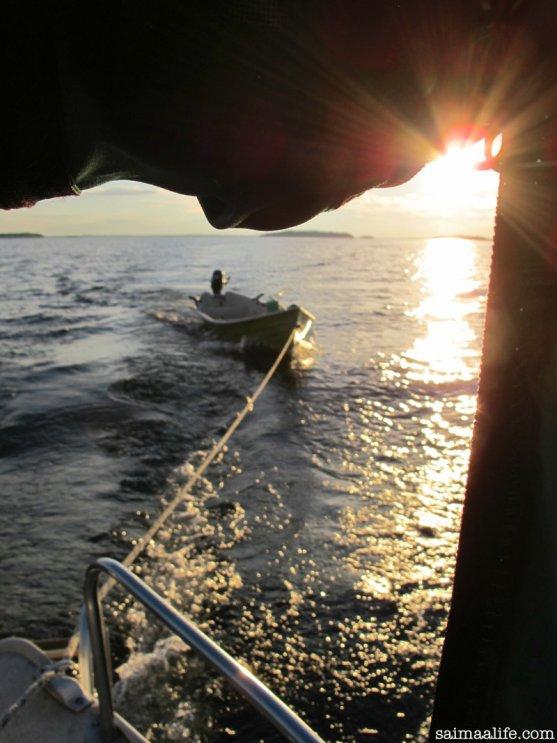 boating-on-lake-puruvesi-saimaa-in-finland