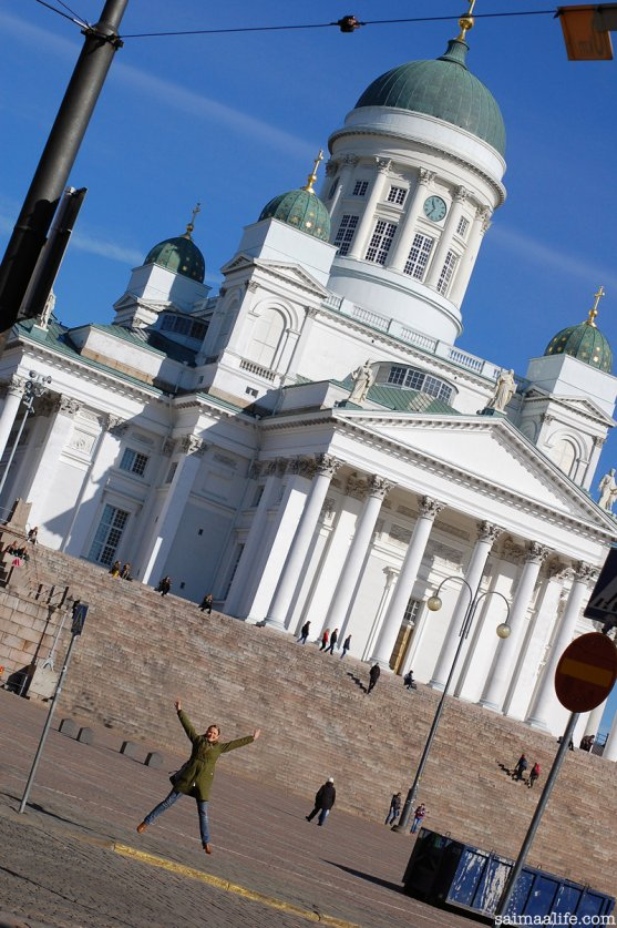 helsinki-finland-city-center-church