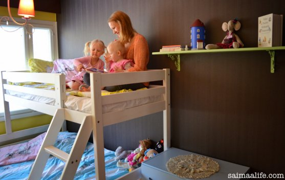 mother-and-children-and-new-children-room-hnadmade-book-shelves