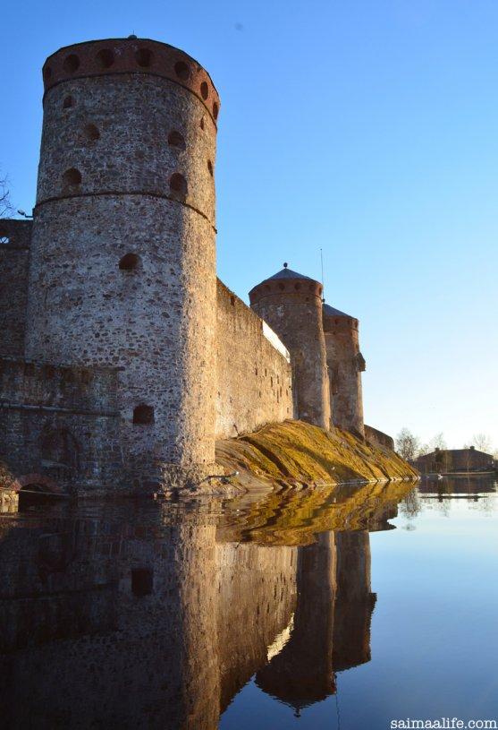 olavinlinna-castle-savonlinna-finland-lake-nature