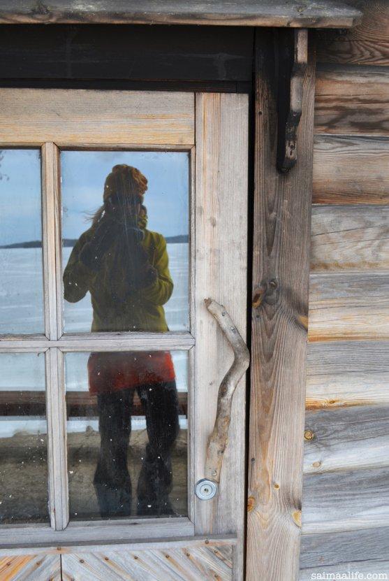 woman-photographing-smoke-sauna