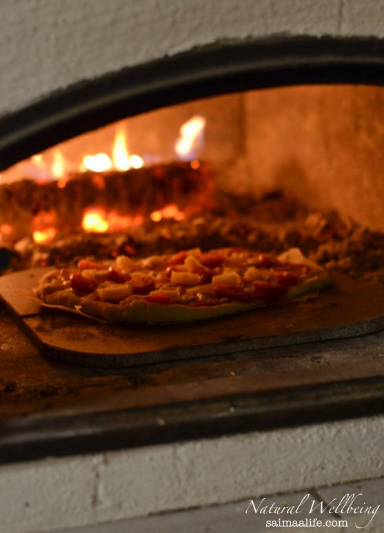 homemade-pizza-baked-in-wood-oven