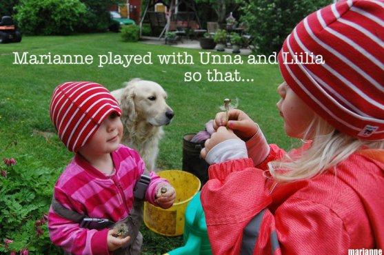 children-playing-in-garden