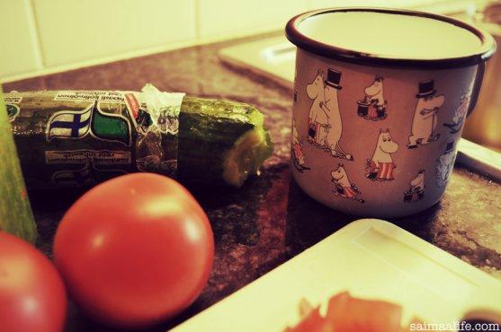 finnish-moomin-mug-and-vegetables