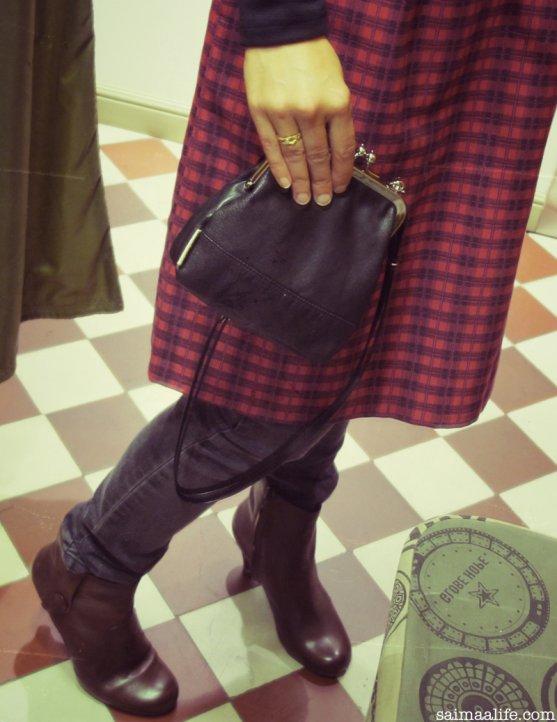 globe-hope-autumn-winter-collection-2014-15-kofi-small-handbag
