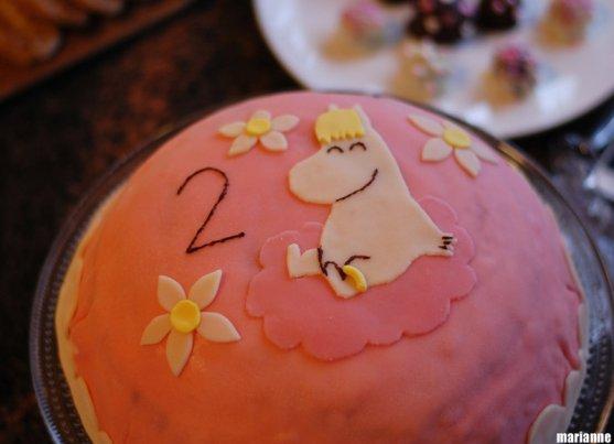 moomin-snorkmaiden-birthday-cake