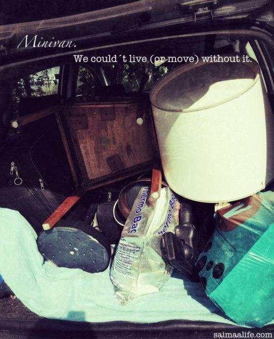 minivan-full-of-moving-stuff