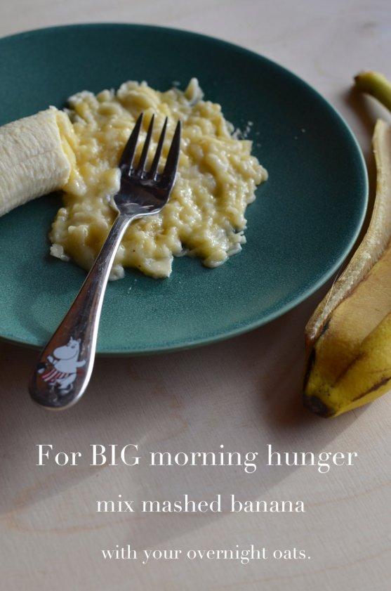 banana-for-blueberry-overnight-oats