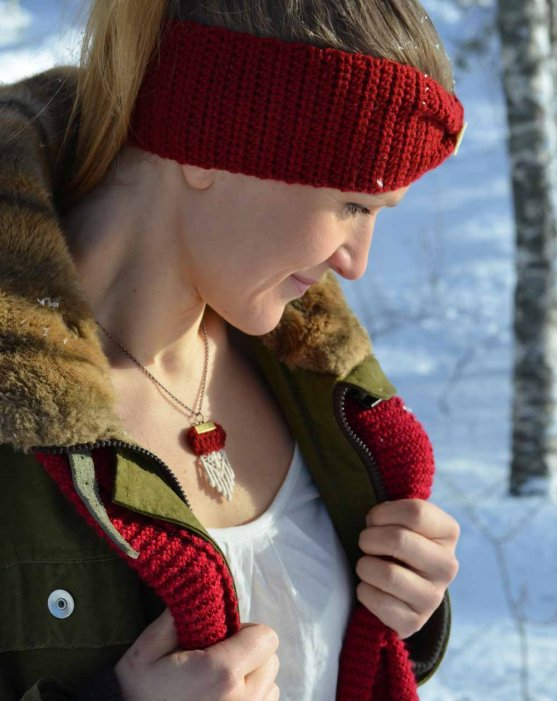 sustainably-chic-eco-headband-and-necklace