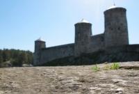 2-olavinlinna-castle-in-summer-in-finland