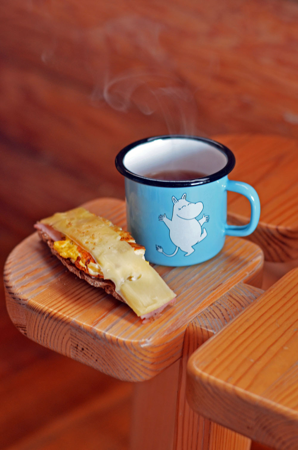 blue-moomin-mug-and-rye-bread-slice
