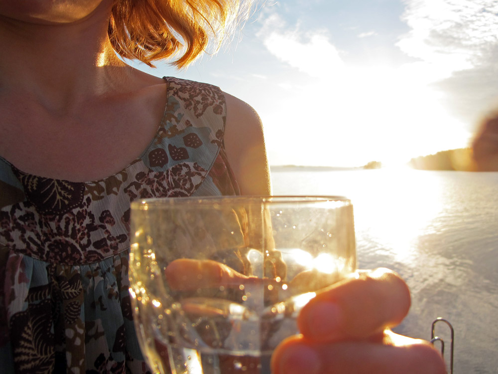 cheers-in-the-sunset