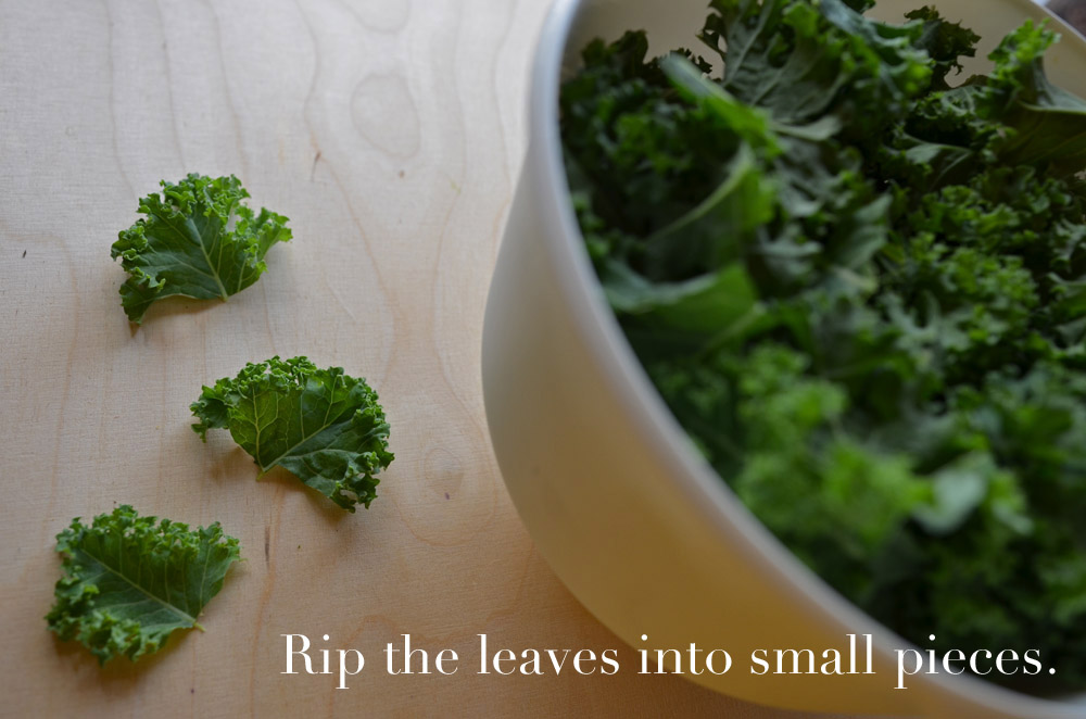 recipe-for-simple-kale-chips-rip-the-leaves