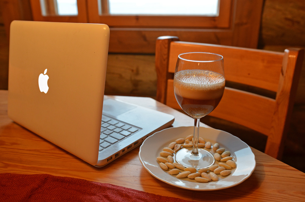 recipe-for-heart-healthy-almond-latte-9