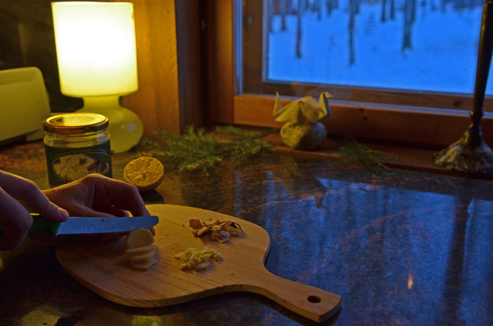 chopping ginger for pain relief ginger tea