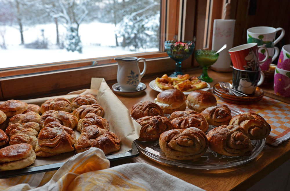 Recipe for Famous Finnish Cinnamon Rolls, Korvapuusti - SaimaaLife.com
