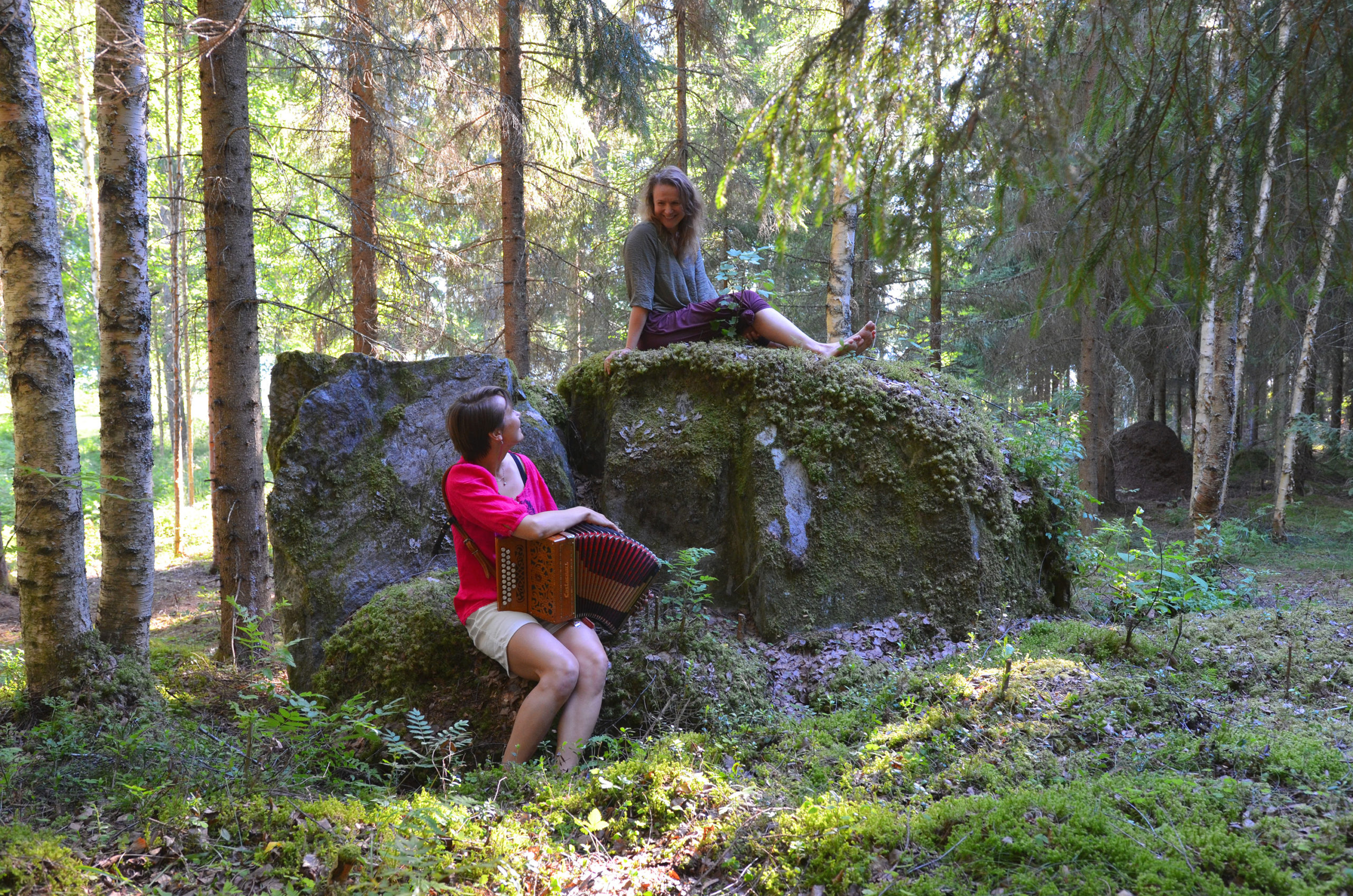 Free movement and somatic practices in the Finnish forest