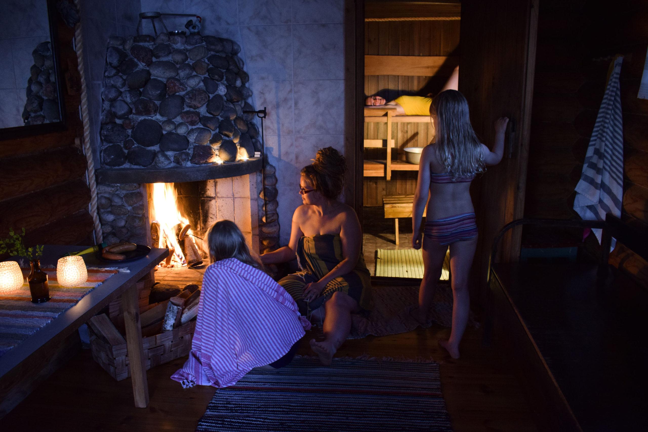 Having wood-heated sauna at Kukkoniemen Lomamökit rental cottages in Punkaharju, Saimaa